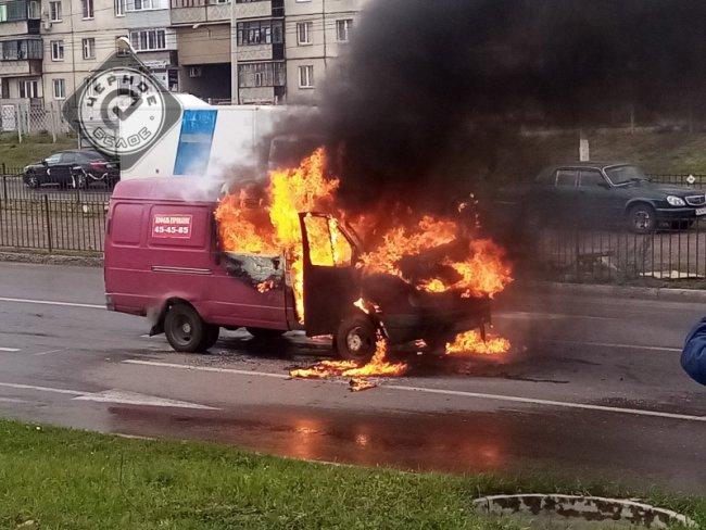 В Магнитогорске сгорел автомобиль