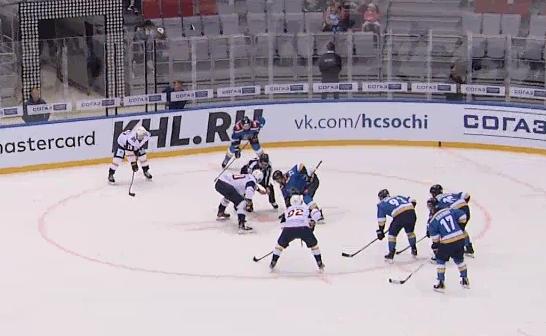 Смотрим хоккей в прямом эфире!