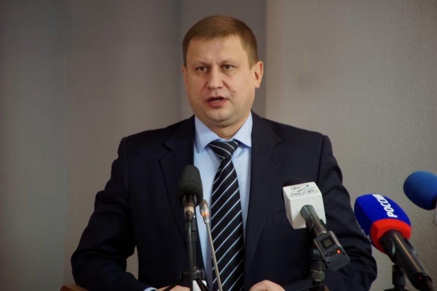 Замглавы города Валерий Измалков покинул пост