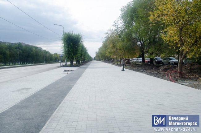 Обновленный бульвар ждет решения жителей