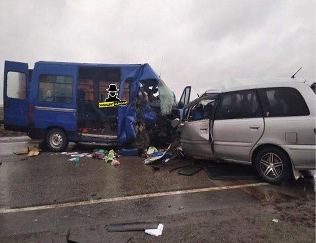 В ДТП на Алтае погибли 8 человек
