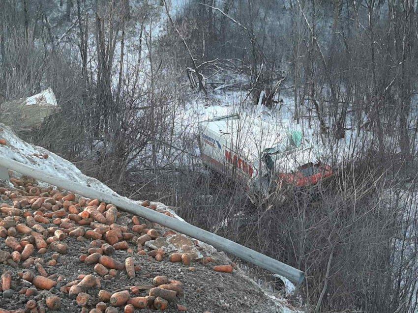 Двое водителей погибли и ещё один с переломом позвоночника