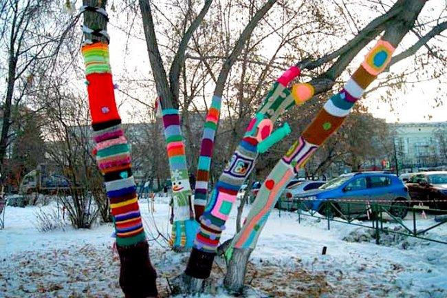 Для деревьев связали гетры