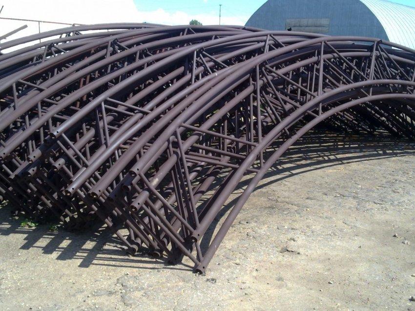 Со стройки украли металлоконструкции