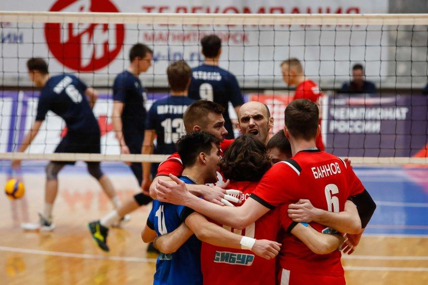 «Магнитка-Университет» дала бой лидерам Чемпионата