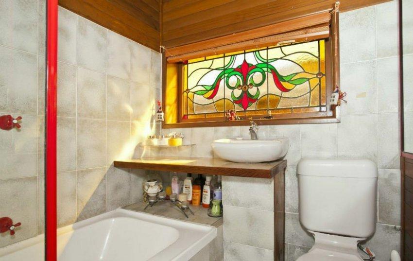 Зачем окно в ванной?