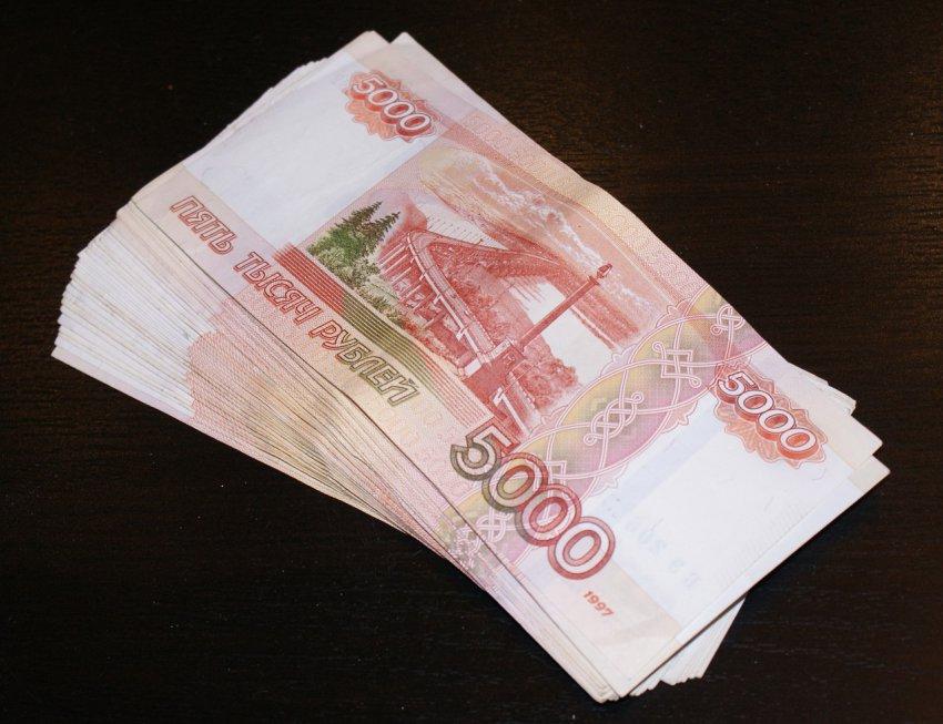 Рубль бьёт антирекорды