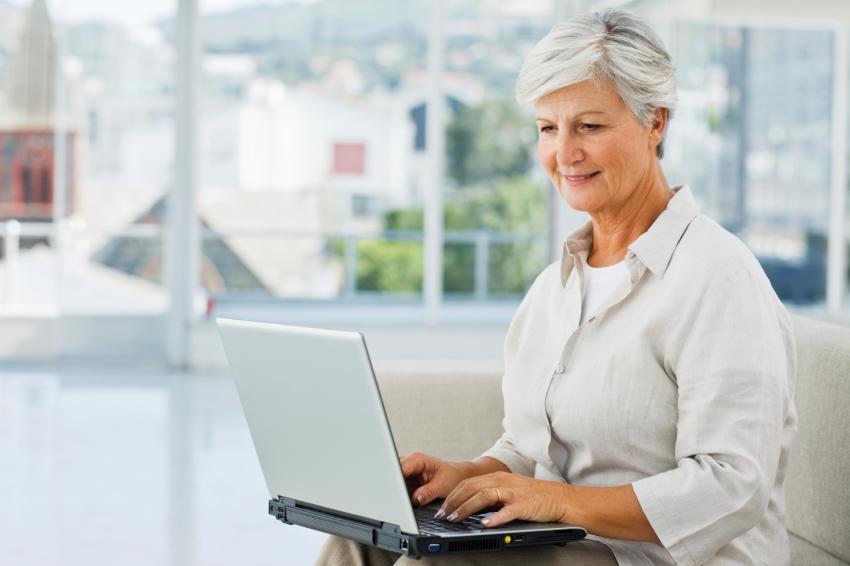 Как быть тем, кто получает пенсию на карту или на банковский счет?