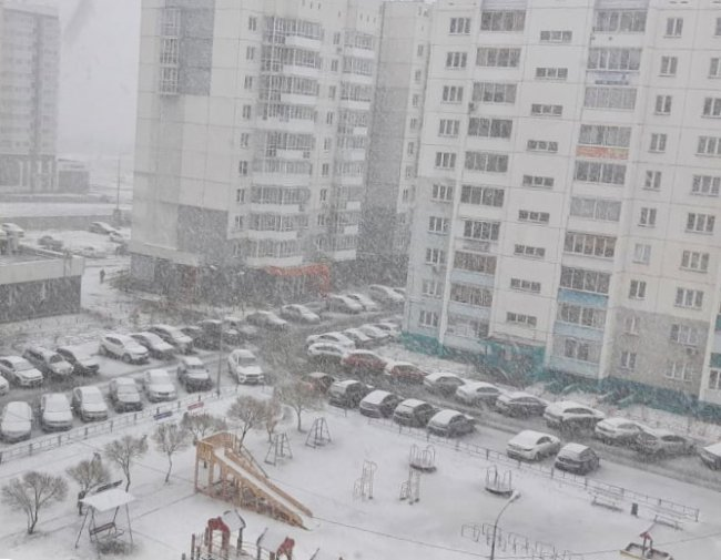 Снег вернулся