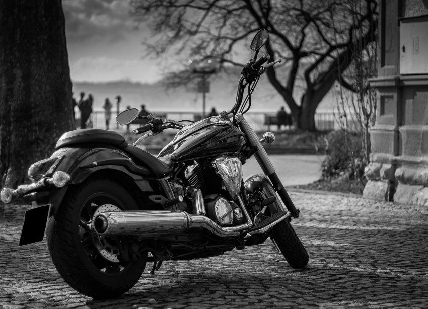 Ни мотоцикла, ни денег