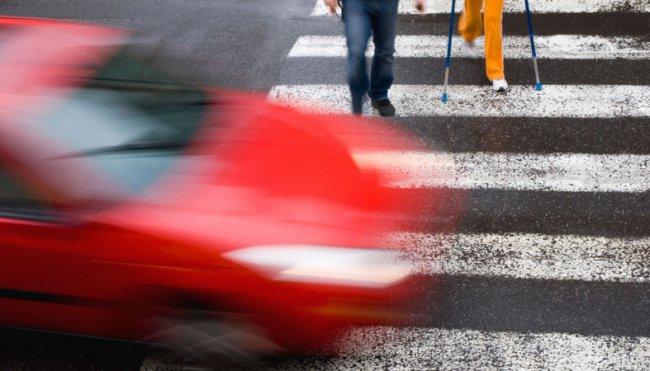 Сбил человека на пешеходном переходе