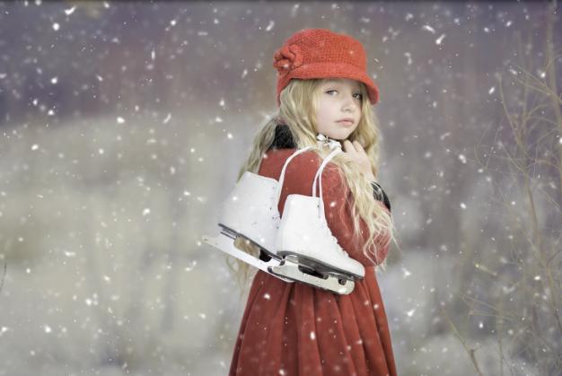 В Магнитогорске открыт сезон массового катания на коньках!