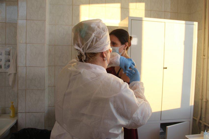 Долгожданная вакцина от коронавируса прибыла в Магнитогорск