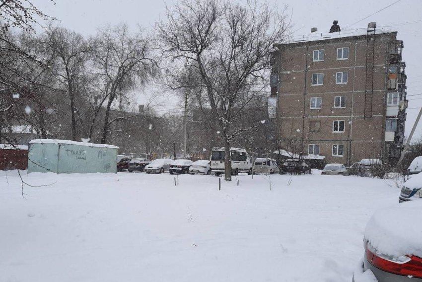 Пасмурно, возможен небольшой снег