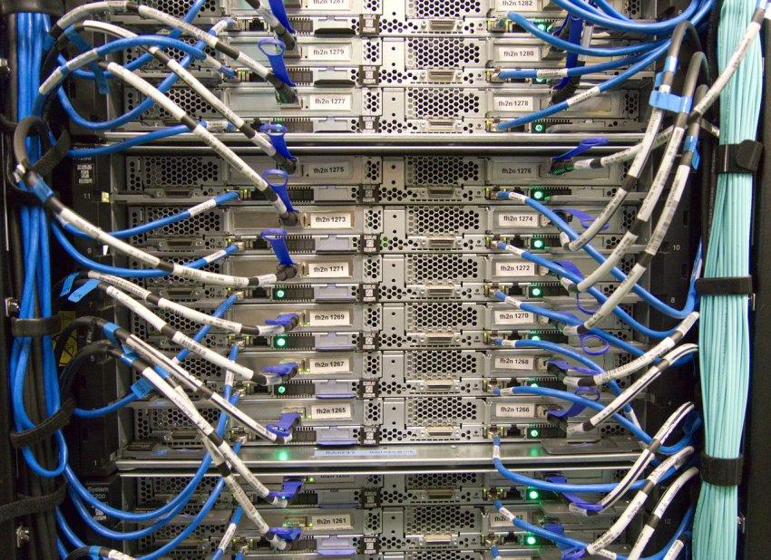 В Магнитогорске запустили новый модульный центр обработки данных