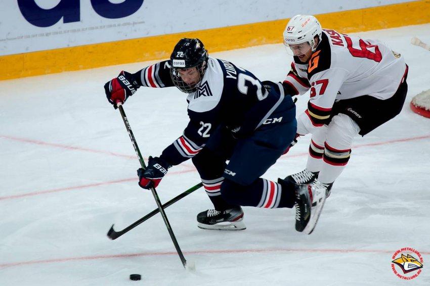 Два магнитогорских хоккеиста вызваны в сборную России