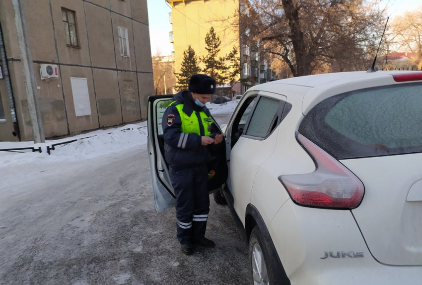 Сотрудники ГИБДД проверили соблюдение правил перевозки детей