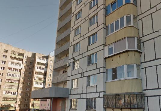В Магнитогорске с балкона выпал человек