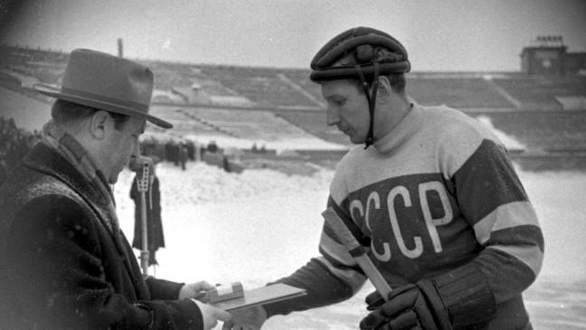 Умер первый олимпийский чемпион по хоккею Виктор Шувалов