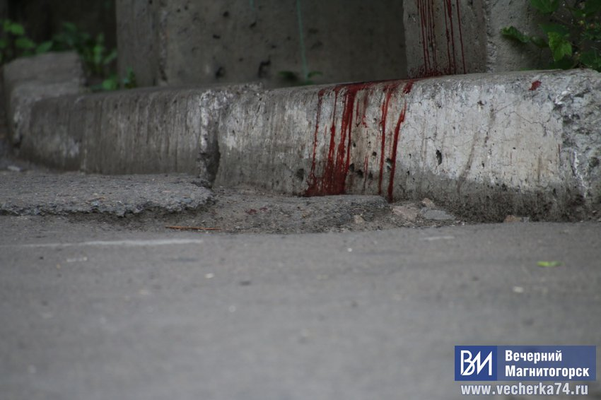 В Магнитогорске мужчина ударил ножом свою жену