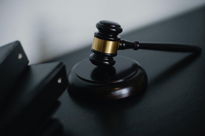 Судебный пристав из Магнитогорска пожалела должников