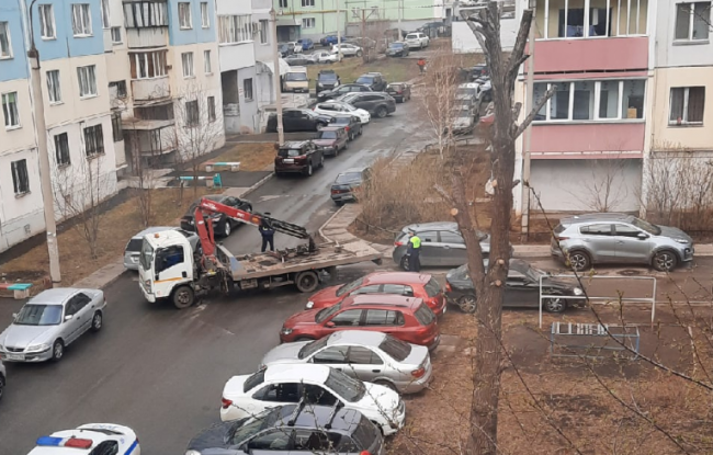В Магнитогорске объявлена война парковкам на тротуарах