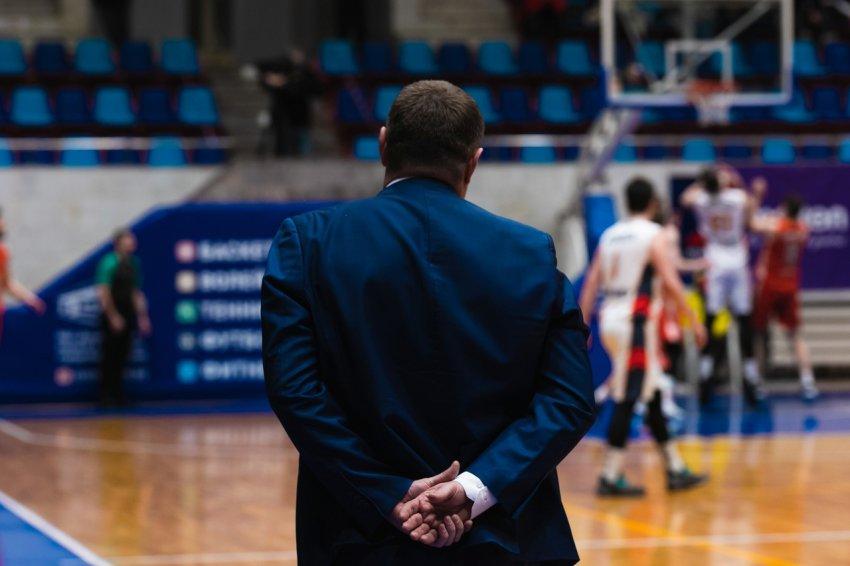 В тренерском штабе