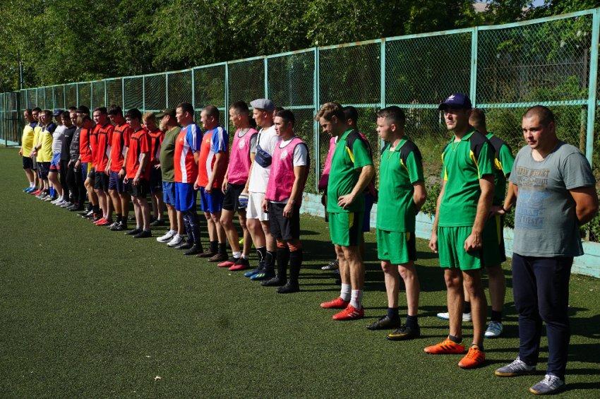 Полицейские узнали, кто лучше играет в футбол