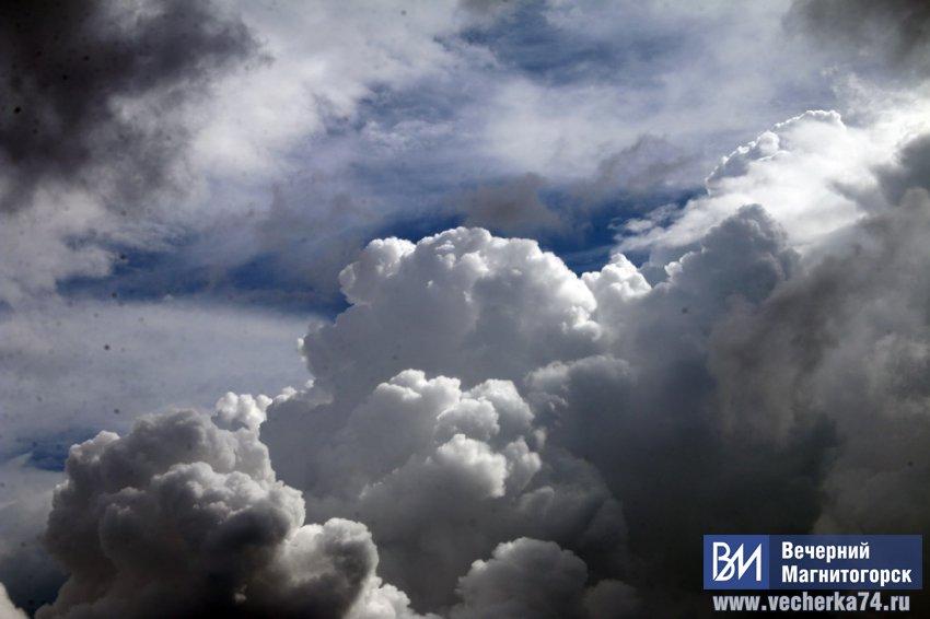 Синоптики предупредили об ураганном ветре на Южном Урале